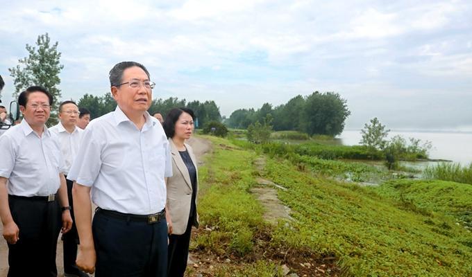 李锦斌:坚定不移走绿色发展之路 实现绿水青山和金山银山有机统一